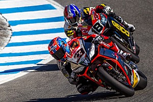 World Superbike Race report Melandri edges out Guintoli for the win in Race 2