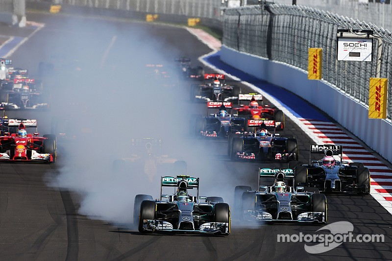 Rosberg playing catch-up as Hamilton leads Russian GP