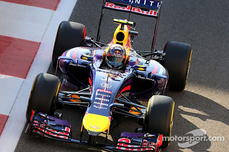 FIA investigating Red Bull for front wing flexing