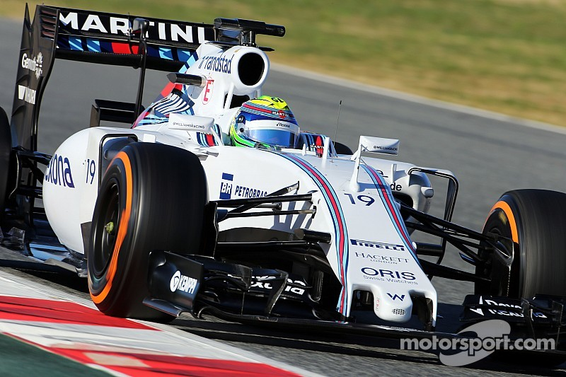 Massa beats Kimi on third morning of Barcelona test