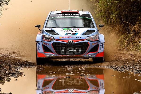 Hyundai Motorsport battles to top-five finish as all three cars complete Rally Mexico
