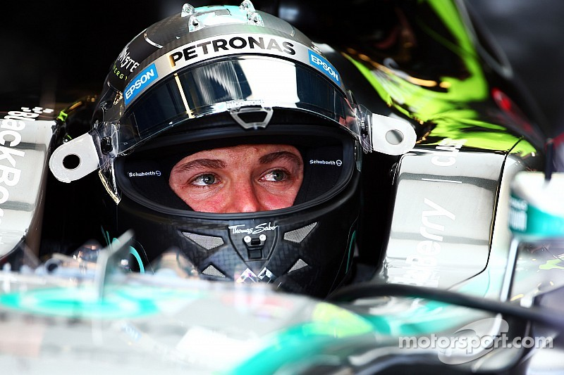 Rosberg says gap to Hamilton not significant