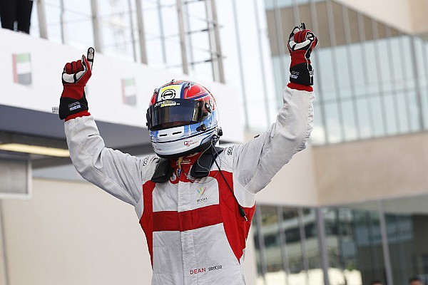 GP3 - Stoneman s'impose en course 1
