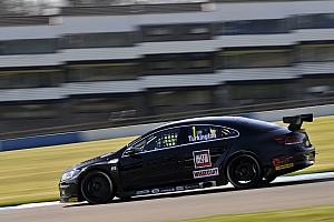 BTCC Qualifying report Turkington pips Shedden and Plato to Donington pole