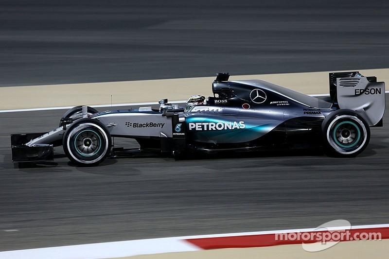 "Invaincu en qualifications, Hamilton se sent ""super bien"""
