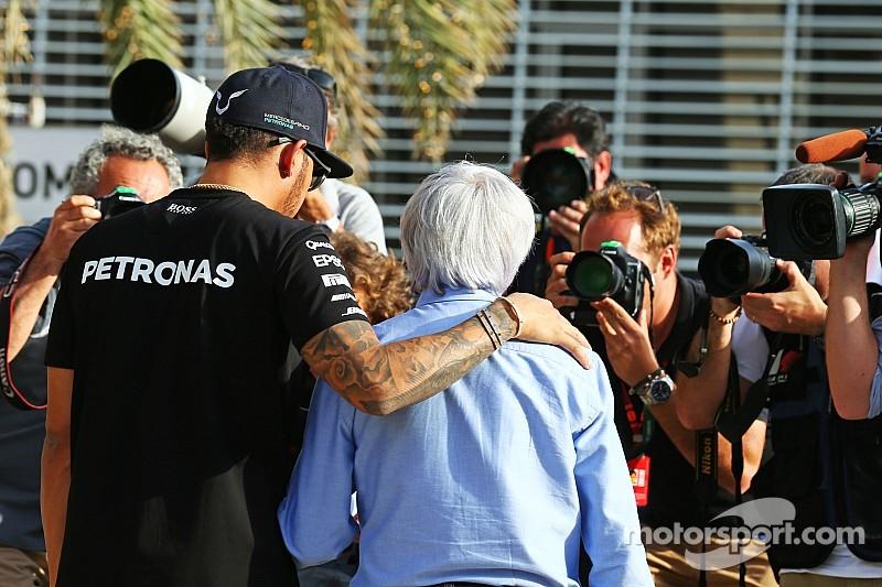 Экклстоун: Хэмилтону не нужно переходить в Ferrari