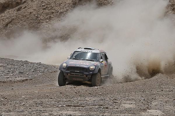 Nasser Al-Attiyah gana el Sealine Cross-Country Rally de Qatar