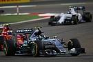 Вильнев: В Mercedes расслабились из-за побед