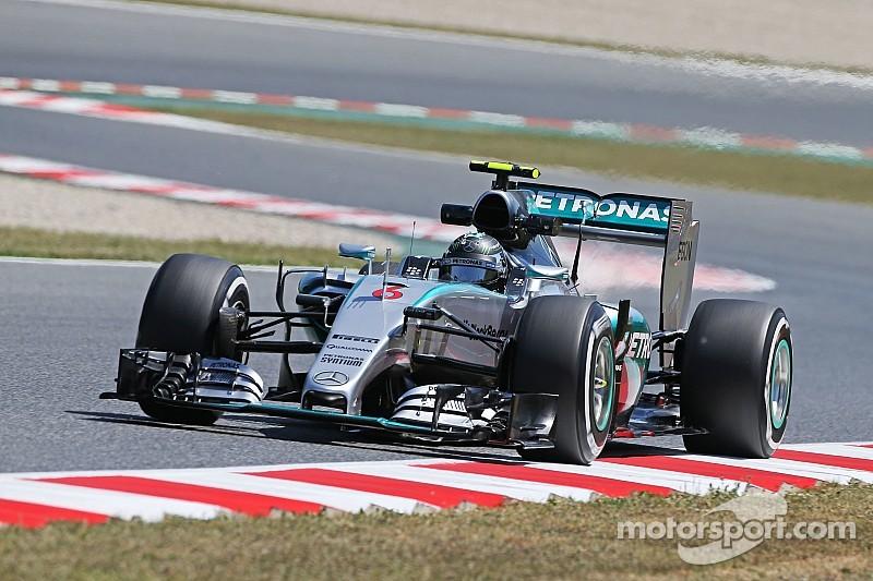 Stewart: Rosberg can turn tables on Hamilton