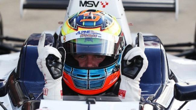 Come era ovvio, Stoneman in pole position