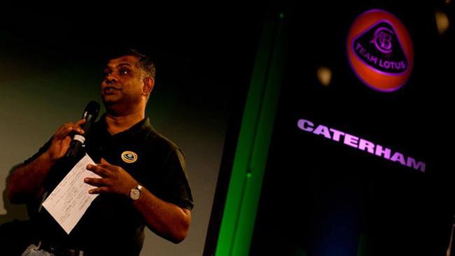 Team Lotus: Fernandes indeciso sul nome futuro