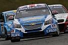 Huff guida l'ennesima tripletta Chevrolet