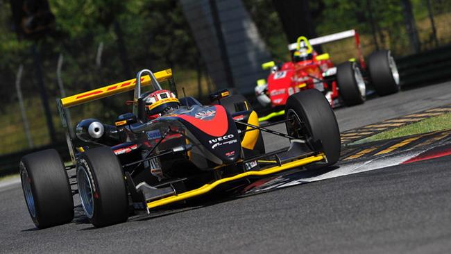 I team dicono no alle monoposto nuove per il 2012