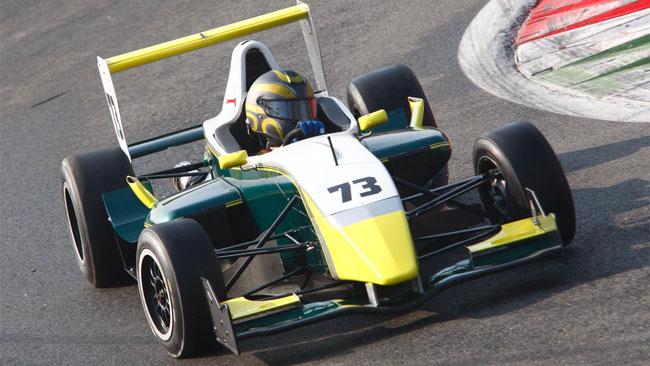 Defendi svetta nel primo giorno dei test di Monza