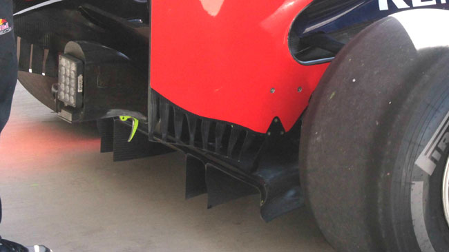 La Red Bull adotta le frange in stile Ferrari