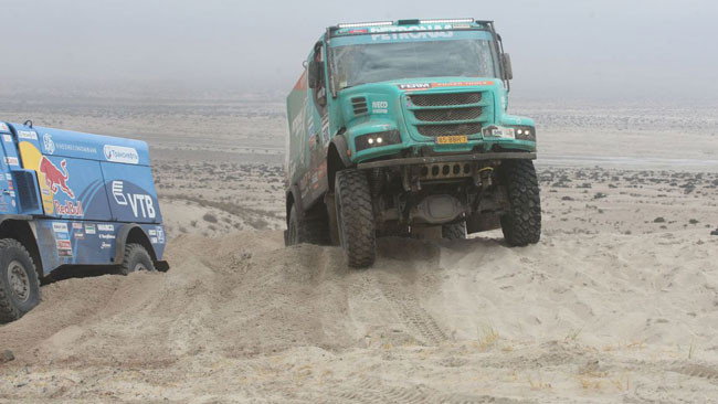 Dakar, 11° Tappa: nei camion speciale tagliata