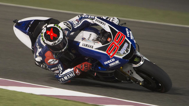 Lorenzo in pole davanti a Crutchlow in Qatar