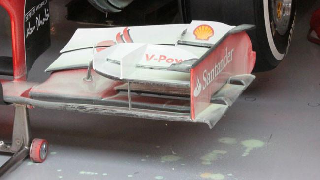 C'è una nuova paratia dell'ala anteriore Ferrari