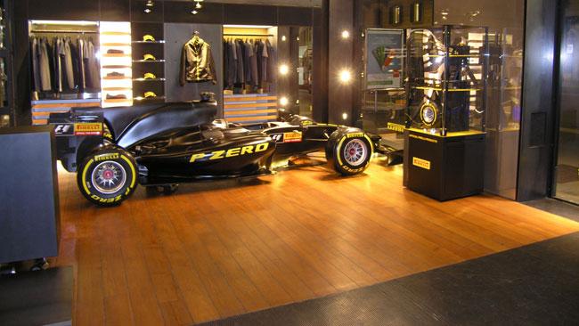 Pirelli porta il simulatore in Corso Venezia a Milano