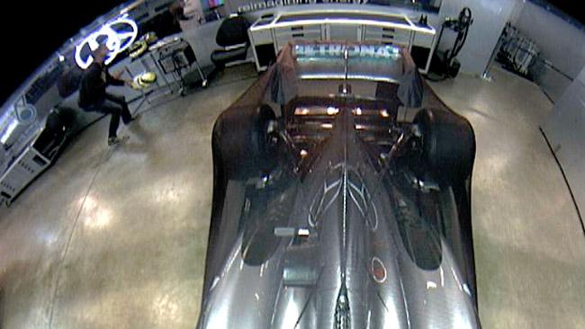 Rosberg cerca il ladro del suo casco su... Twitter