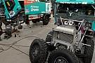Dakar: il team Petronas De Rooy non si arrende