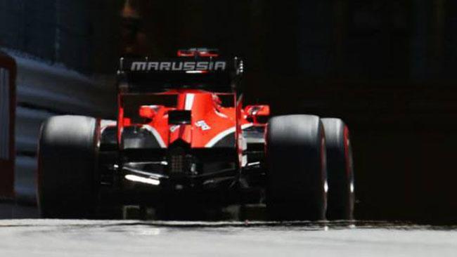 Marussia MR03 in ritardo: salta l'inizio dei test