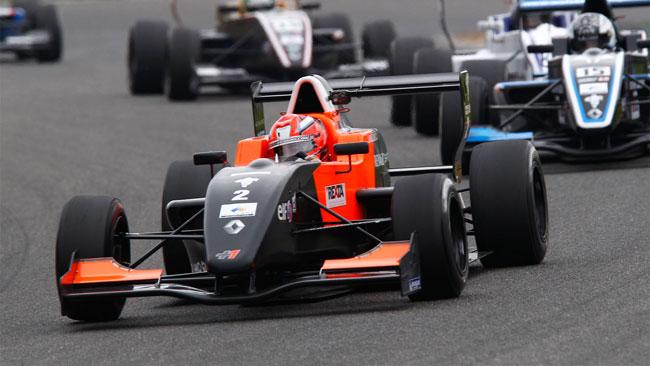 Formazione a quattro punte per la Tech 1 Racing