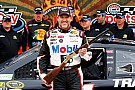 Tony Stewart ritrova la pole position in Texas