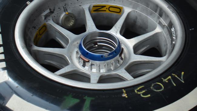 Ferrari: ecco i nuovi cerchi per il mozzo forato!