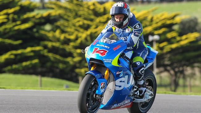 La Suzuki fa progressi nonostante il freddo e le cadute
