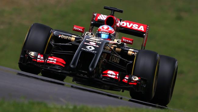 Grosjean parte dalla pit lane: sostituito il cambio