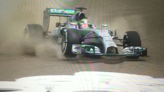 Suzuka, Libere 3: Sbatte Hamilton, svetta Rosberg