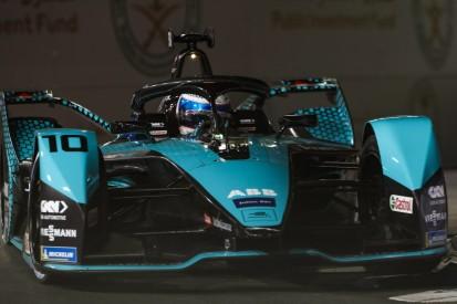 Formel E 2021 Riad 2: Sam Bird siegt unter Rot - Mercedes-Teams dabei