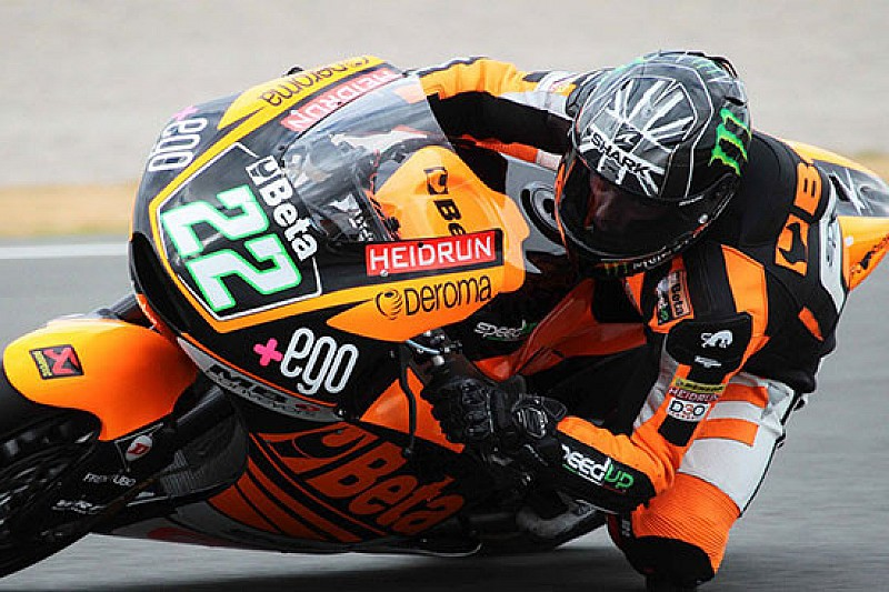 Jerez, Day 2: Sam Lowes porta in testa Speed Up