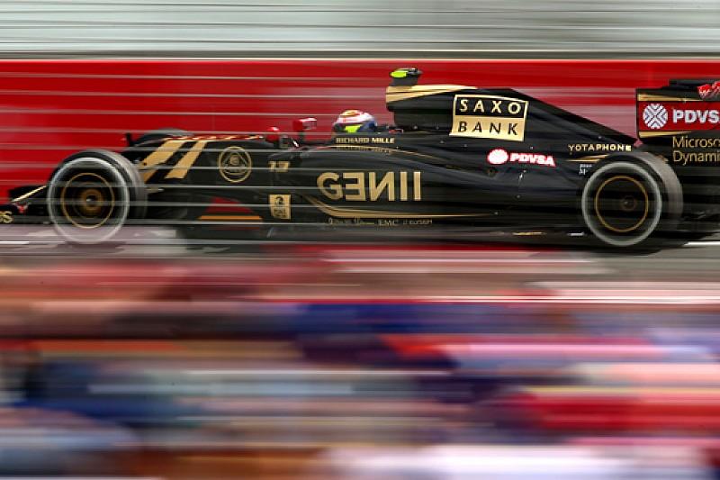 E' Ecclestone che paga l'hotel del team Lotus?