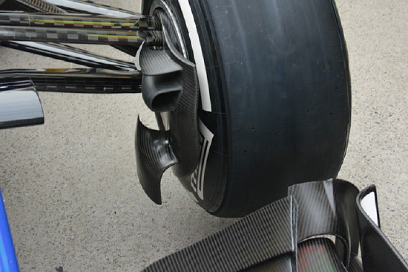 Sauber: modificata la brake duct anteriore