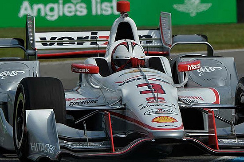 Castroneves penalizzato dopo l'incidente di Indy
