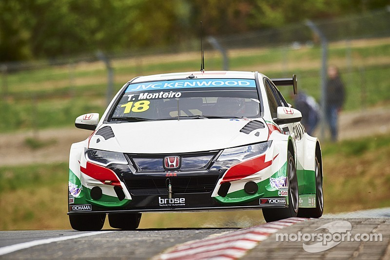 Honda returns to the podium with Tiago Monteiro at Nürburgring