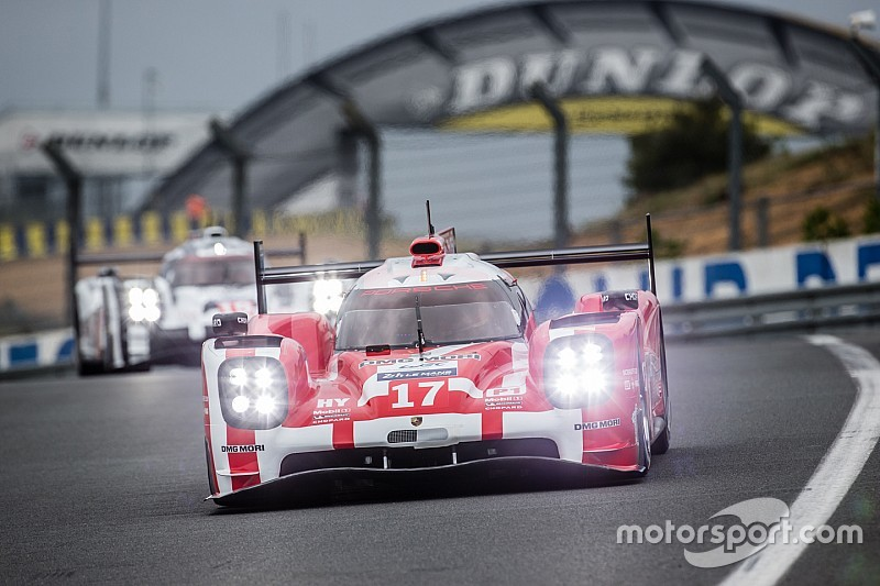 Le Mans Test Day: Porsche tops morning session