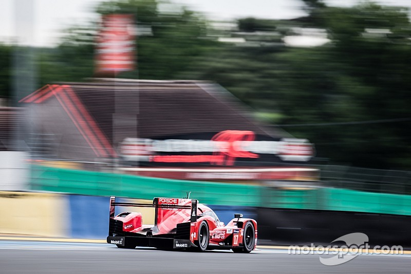Porsche впереди на тестах в Ле-Мане