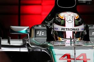 Формула 1 Отчет о тренировке Хэмилтон показал быстрейшее время во второй тренировке