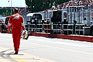 Vettel perderá cinco posiciones en la parrilla