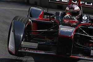 Fórmula E Crónica de Clasificación Sarrazin logra la pole para la carrera final en Londres