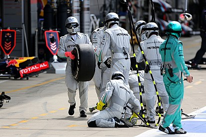 """Bluff"" dans les stands - La FIA va avertir les équipes"