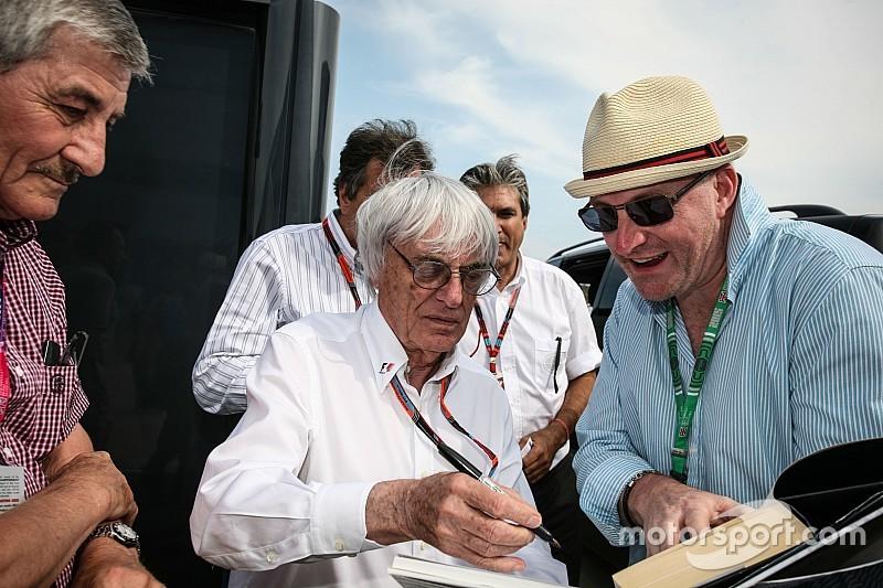 """Chefão da F1 sugere que """"rasgar livro de regras"""" seja a solução"""