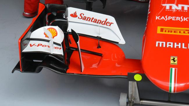Ferrari: due rinforzi per non far flettere i flap anteriori