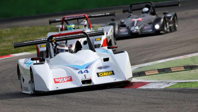Giorgio Mondini domina gara 1 a Monza