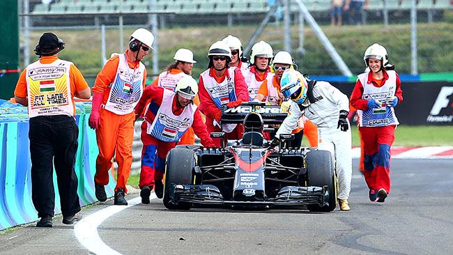 """Alonso: """"Il problema nel momento peggiore"""""""