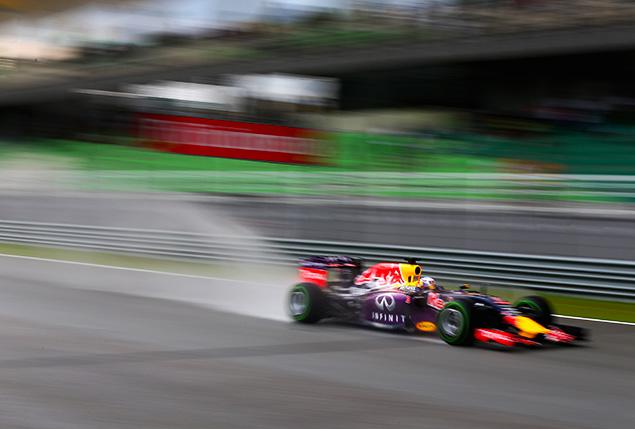 ريكاردو يهدف لإنهاء سباق ماليزيا ضمن المراكز الأربعة الأولى
