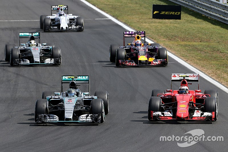 """Mercedes doit """"être prudent"""" avec Ferrari pour le titre"""